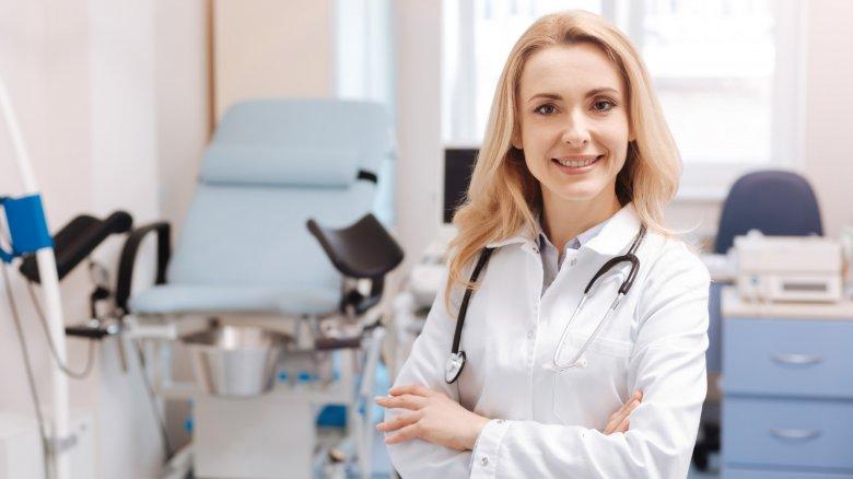 врачи медицинского центра АллергоЦентр готовы оказать всестороннюю поддержку будущим мамам